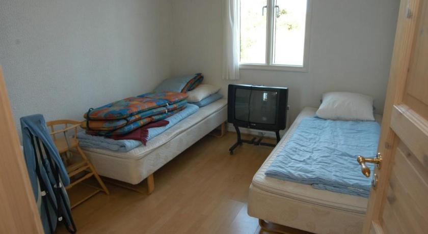 Apartament cu 1 dormitor Holiday home Hagevej 147