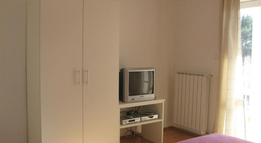 Apartment Banjol 460 XV