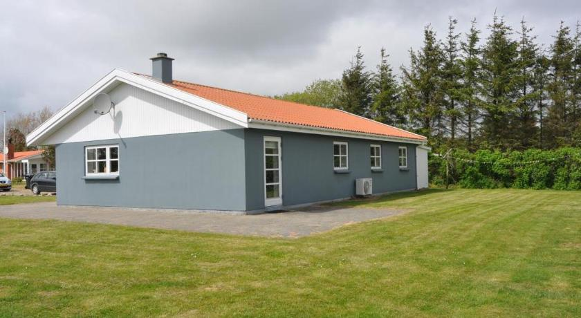 شاهد صورنا الـ25 Holiday home Helmklit Nr Fjand Ulfborg