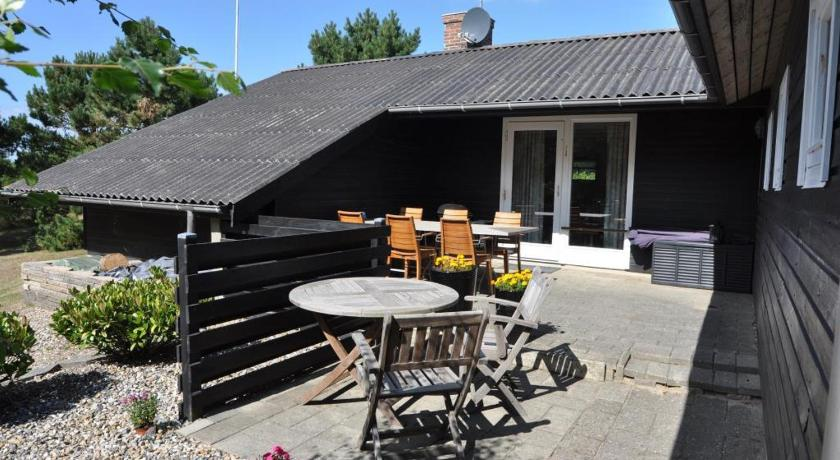 Holiday home Hagevej 114