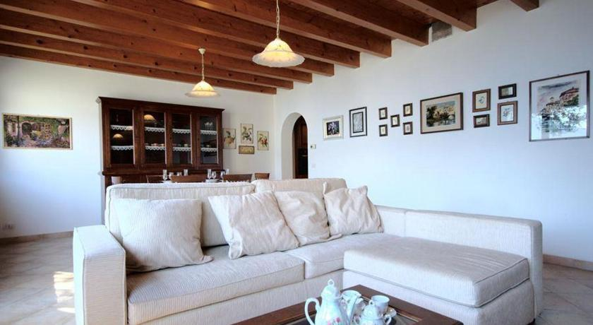 Three-Bedroom Holiday home in Piazzale Cesare Battisti