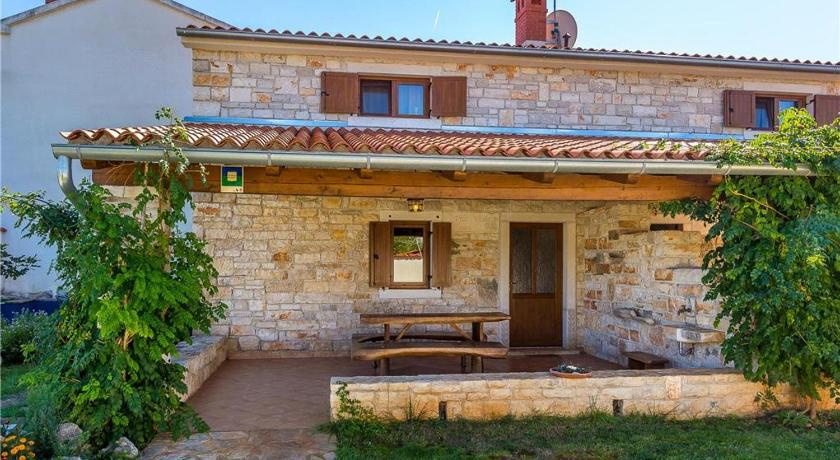 See all 36 photos Holiday home Casa Violla