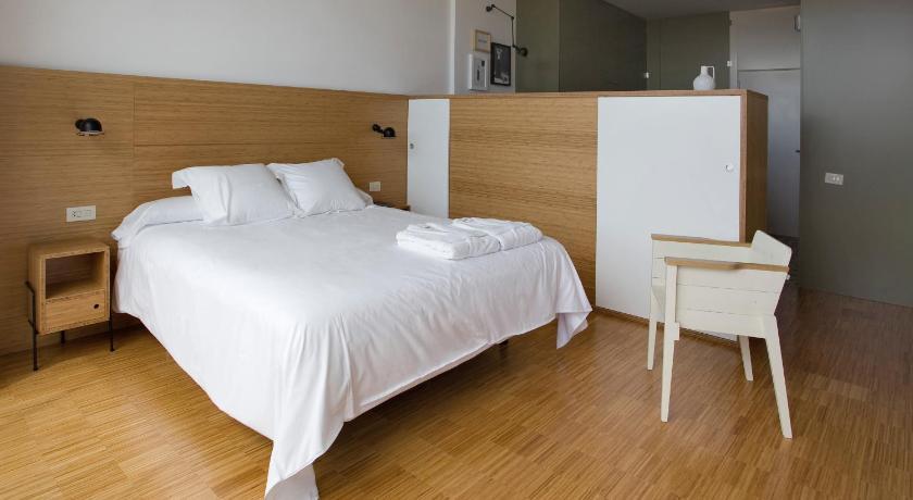 Hotel-Bodega Finca de Los Arandinos 4