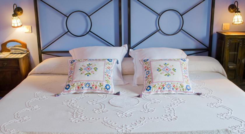 hoteles con encanto en cantabria  72