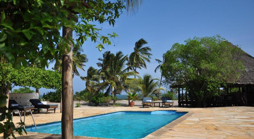 Piscina Kijongo Bay Beach Resort