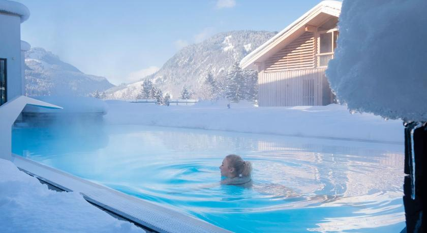 Swimming pool Hotel Oberstdorf