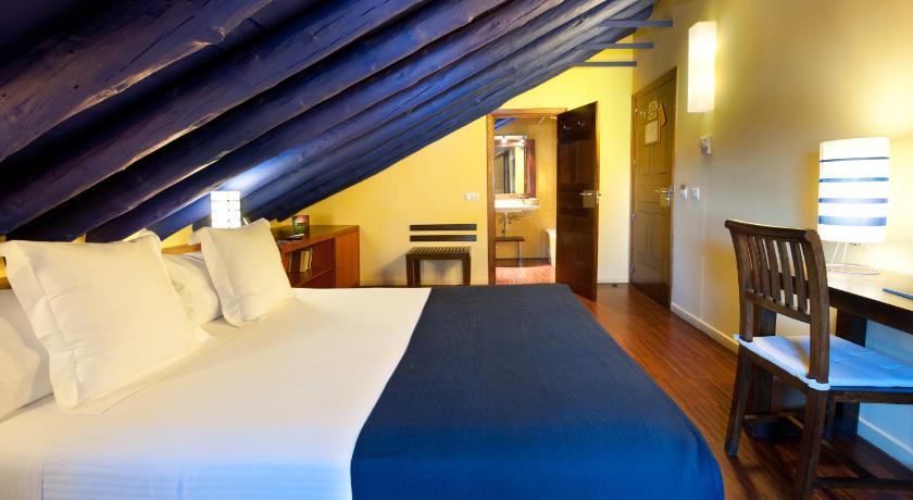 hoteles con encanto en toledo  2