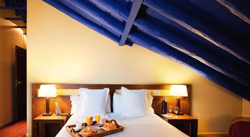 hoteles con encanto en toledo  8