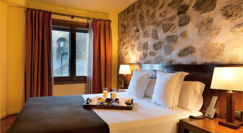 hoteles con encanto en toledo  17