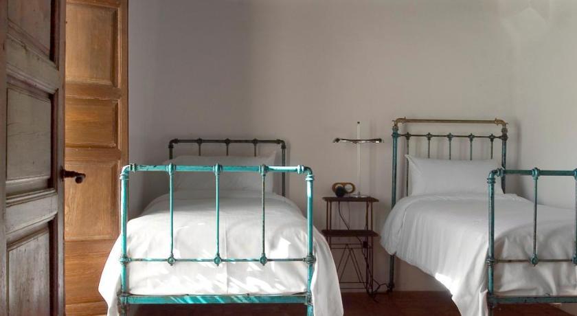 hoteles con encanto en granada  64