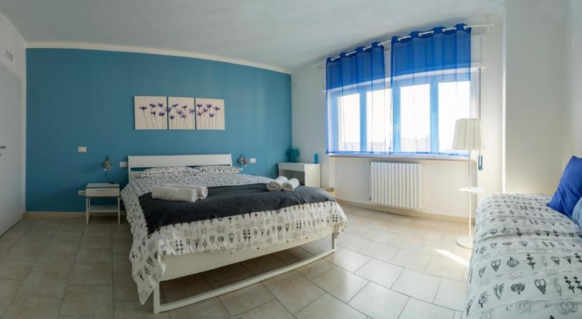 Room in Trani Via Baldassarre 43 Trani