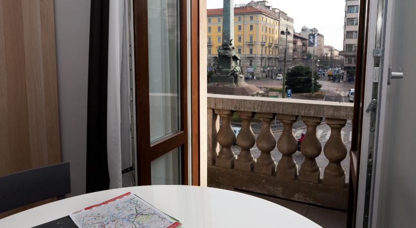Aparthotel meneghino prenota online bed breakfast europa - Hotel milano porta vittoria ...