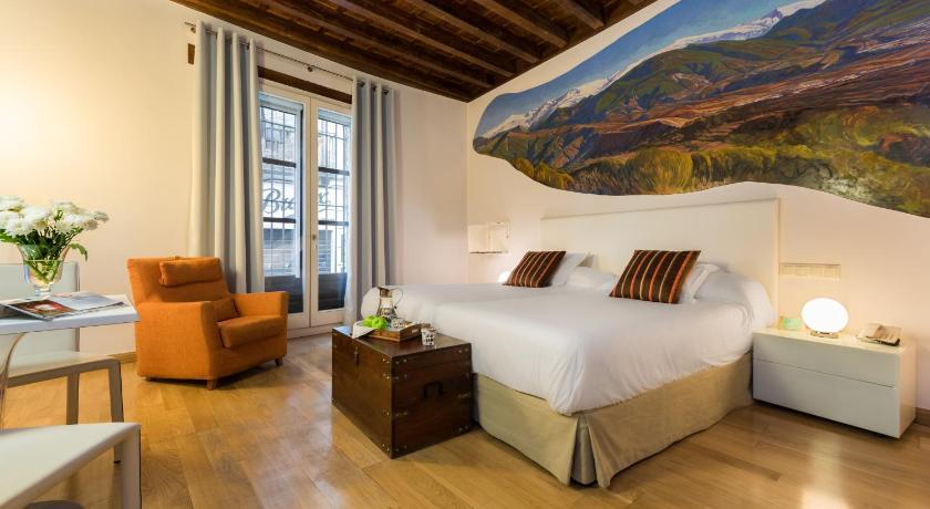 hoteles con encanto en granada  218