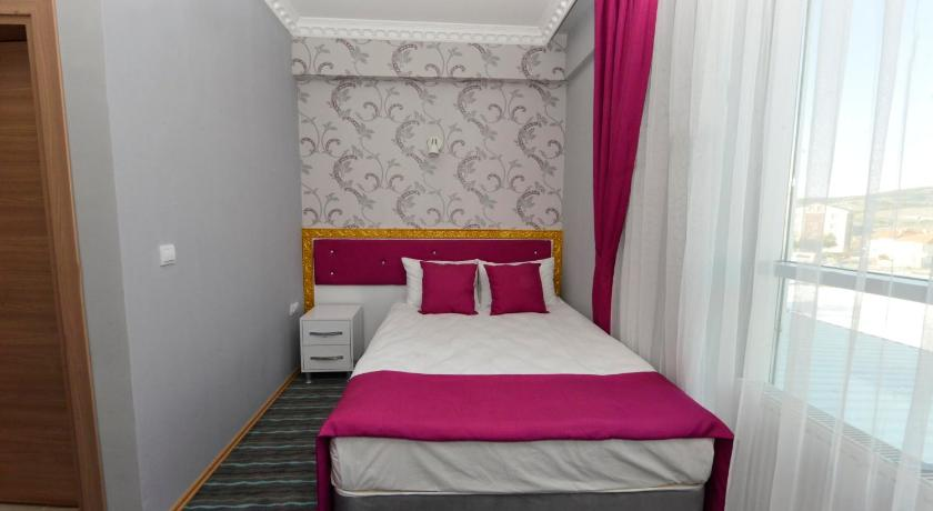 Double Room - Bed Grand Surmely Business Hotel