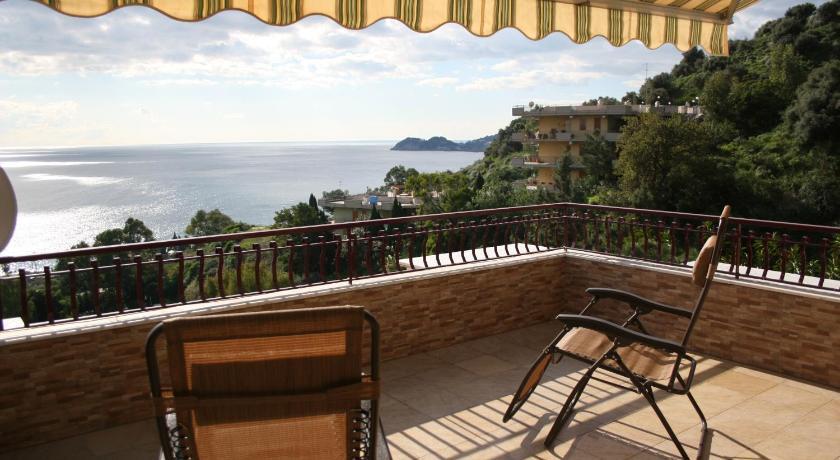 Casa Russo in Letojanni - Room Deals, Photos & Reviews