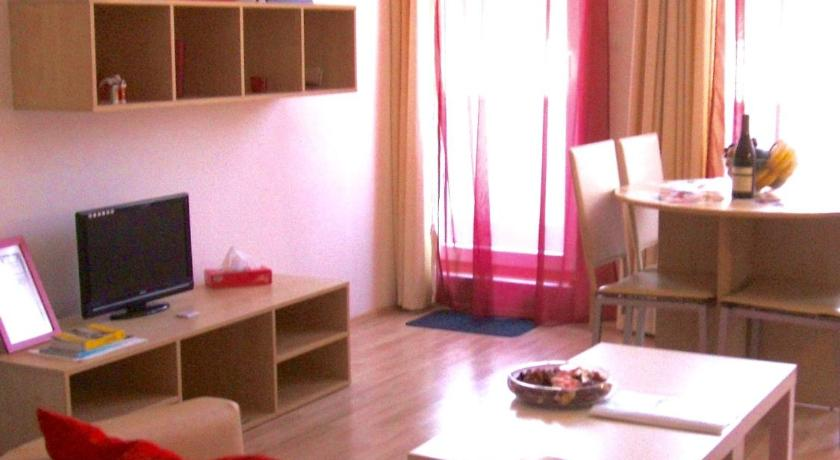 Best Price on New Budapest Home in Budapest + Reviews
