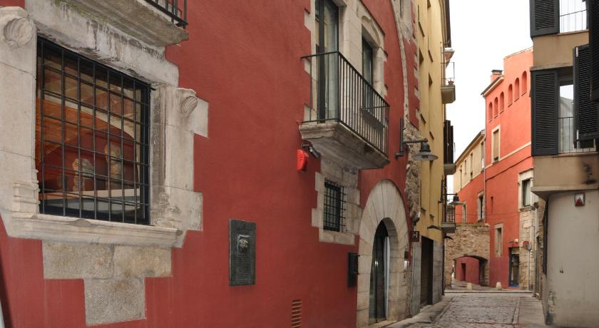 Hotel Museu Llegendes de Girona 1