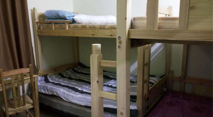 Single Bed in Male Dormitory Room - Bed Foshan Kexin Space International Hostel