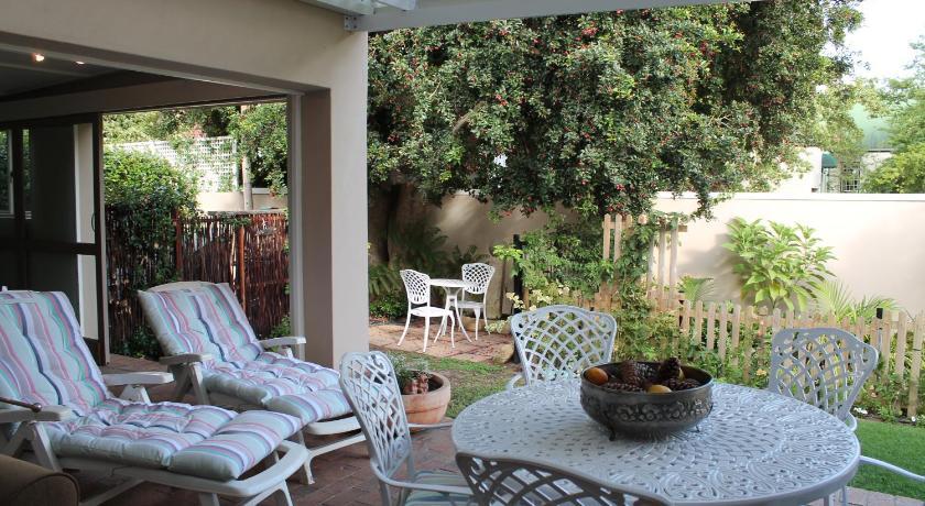 Bella Casa 12 Akademie Street Franschhoek