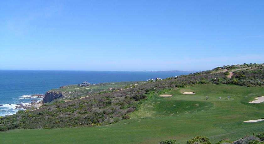 campo de golf en el alojamiento Lodge 64 Pinnacle Point