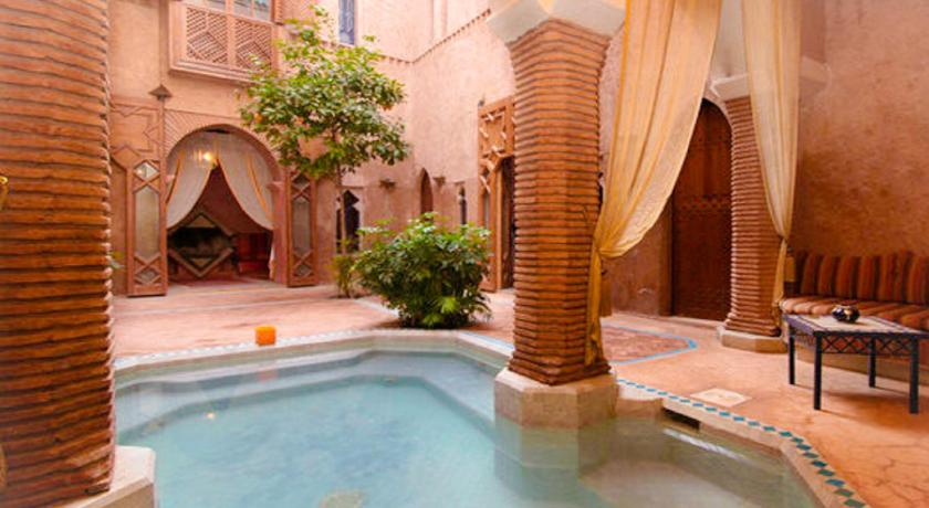 Swimming pool Riad Zahir