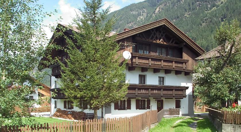Appartementhaus Raudaschl Dorf 33 Längenfeld