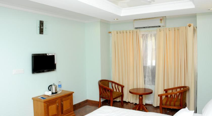 Standard Double Room with Fan Sea breeze Beach Inn