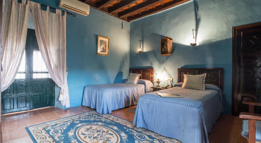 hoteles con encanto en cádiz  119
