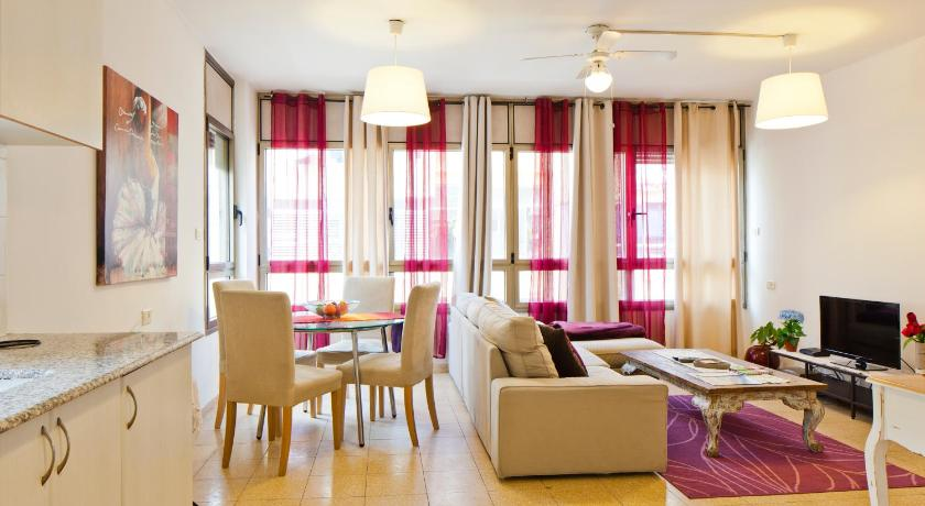 Simply Apartments - Geula Street