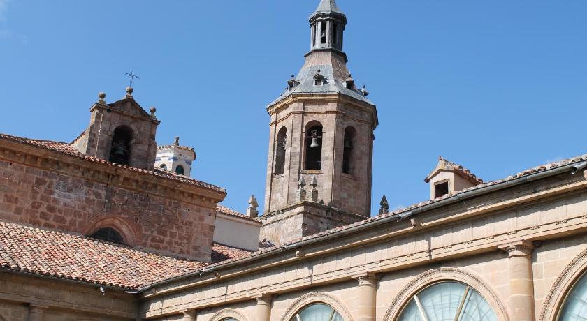 Hostería Del Monasterio De San Millán-6879425