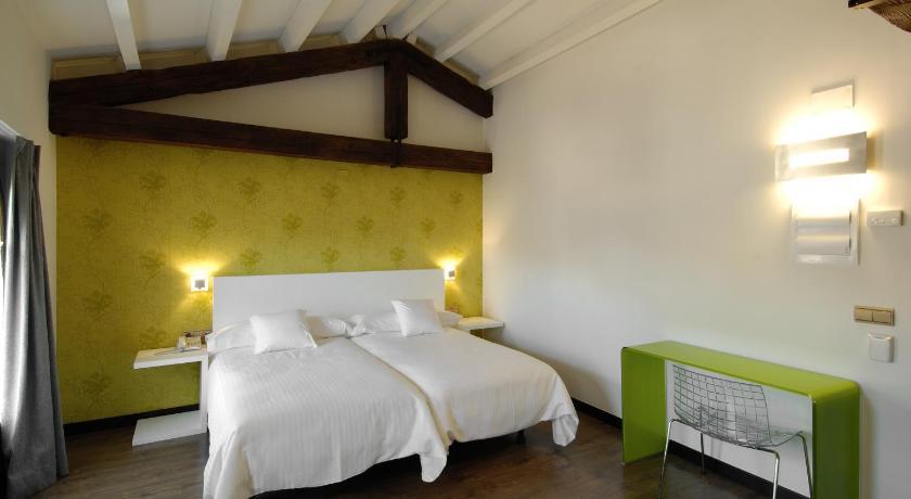 hoteles con encanto en daroca  23