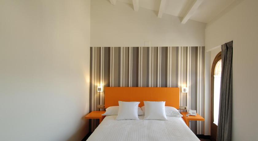 hoteles con encanto en daroca  26