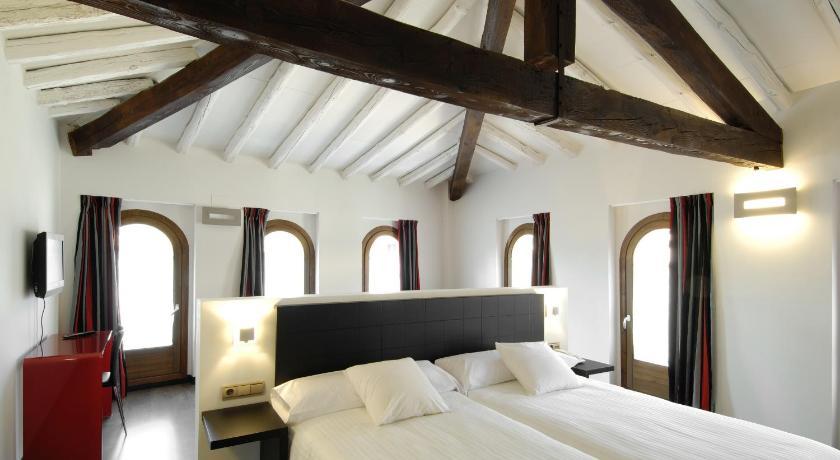 hoteles con encanto en daroca  41