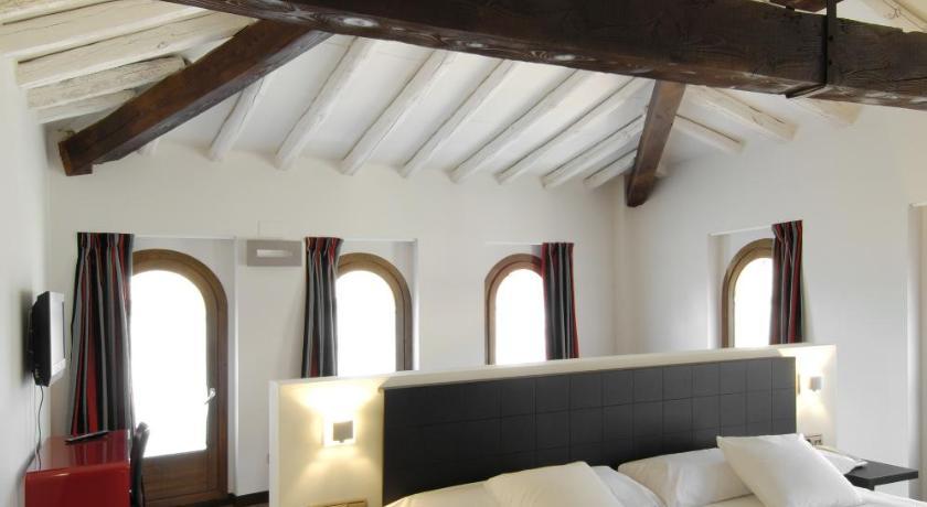 hoteles con encanto en daroca  42