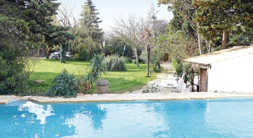 Swimming pool Holiday home Narbonne 78 with Outdoor Swimmingpool