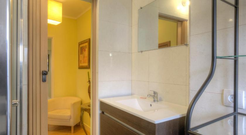 Badezimmer Feels Like Home- Santana Place - Low Cost Apartment