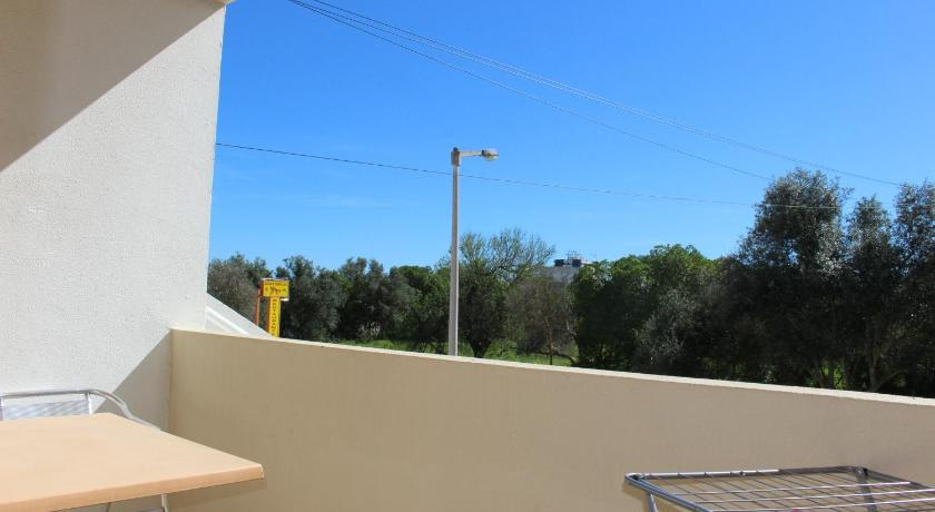 Two-Bedroom Apartment Alvor Apartments