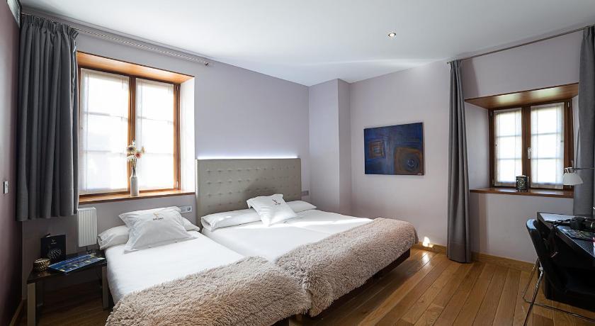 hoteles con encanto en gipuzkoa  52