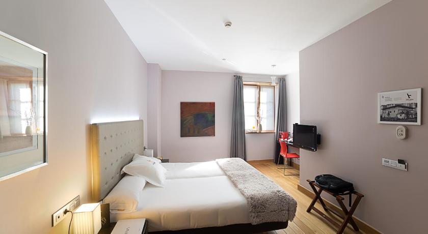 hoteles con encanto en gipuzkoa  53