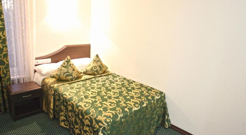 Economy Single Room - Bed Hotel RING