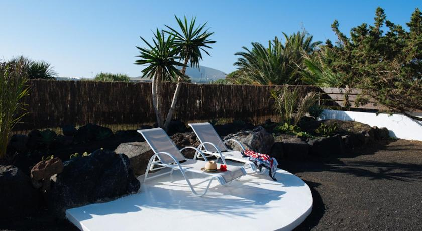 boutique hotels san bartolome  7