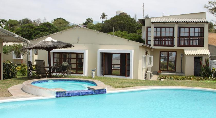 Catembe Beach Lodge