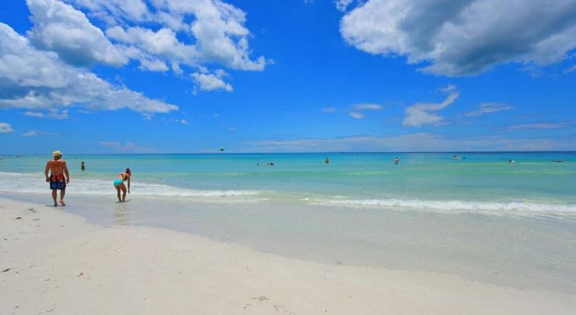 More about Classic Siesta Key Beachfront Home