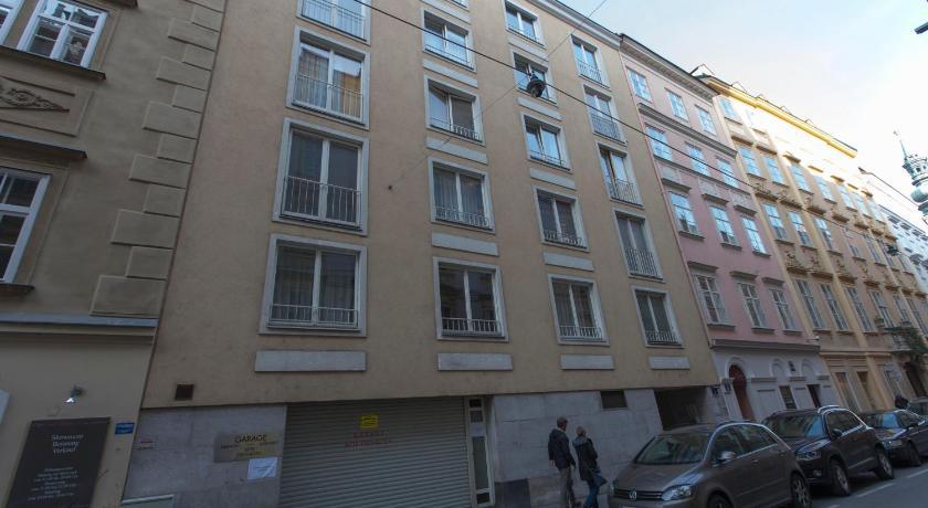 ... Heart Of Vienna   Apartments Sonnenfelsgasse 7 Vienna ...