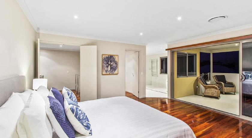 Four-Bedroom House - Guestroom Angourie Beach House