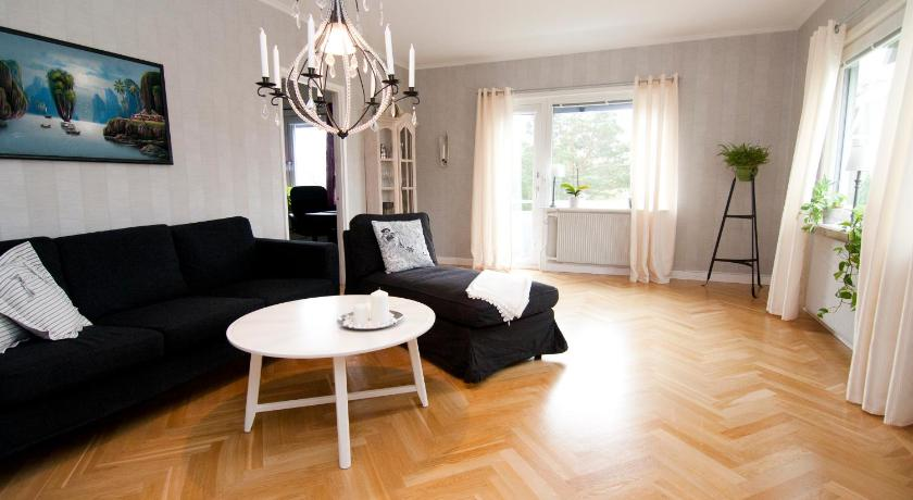 Two-Bedroom Apartment - Torpa - סלון נפרד Great Living Accommodation - Jönköping Väster