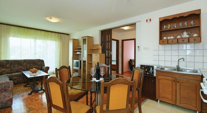 Apartment Vinogradska V