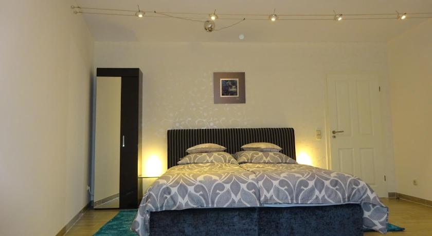 Guestroom Cologne Leisure & Business
