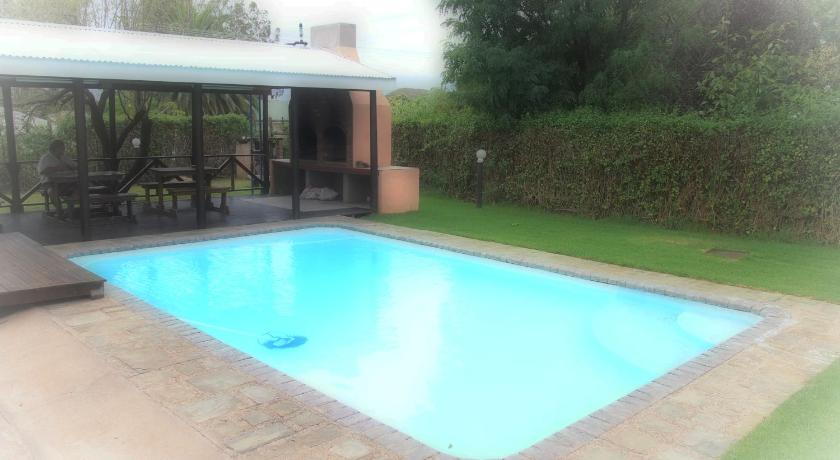 Piscina Villa d' Lockyer