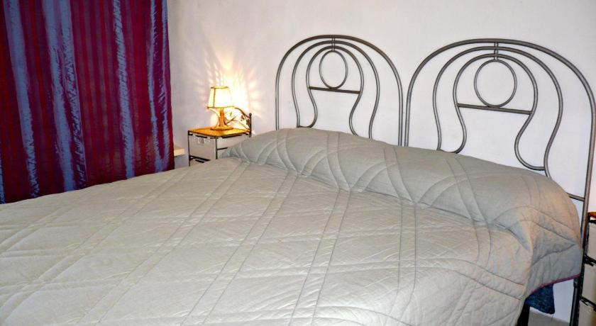 Double or Twin Room with Garden View - Guestroom Agriturismo Tenuta Del Morige
